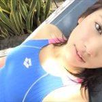 久松郁実グラビア動画 競泳水着の濡れた美ボディラインがエロキュート