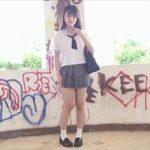 片岡沙耶グラビア動画 メガネ制服女子が美おっぱいボディを廃墟エロ露出