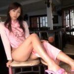 吉木りさグラビア動画 台北レストランでピンクのチャイナ服を脱ぐ・・