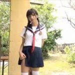 甘夏ゆずグラビア動画 セーラー服の美人女子が白いブラ&ショーツになる!