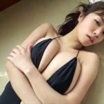 菜乃花グラビア動画 バックレス水着のおっぱいボディをぷるぷる震わせる