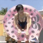 RaMuグラビア動画 エロキュートなワンピ水着の濡れたボインボインボディ