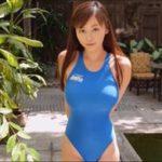 杉原杏璃グラビア動画 女性らしい曲線美がたまらない競泳水着の巨乳美女