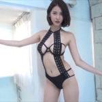 奈月セナグラビア動画 アダルトな過激衣装の誘惑ポーズに魅せられる