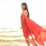 山地まりグラビア動画 サンセットビーチに舞い降りたFカップボディ美女