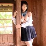 星名美津紀グラビア動画 JK制服のスカートを捲り上げてパンツ見せ・・